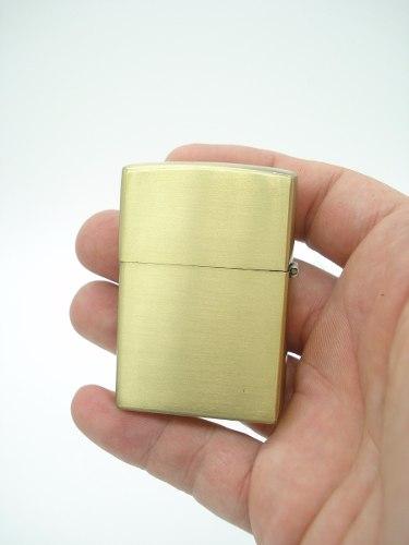 Isqueiro A Fluido Metal Cassino Dourado 4 Unidades  - Presente Presente