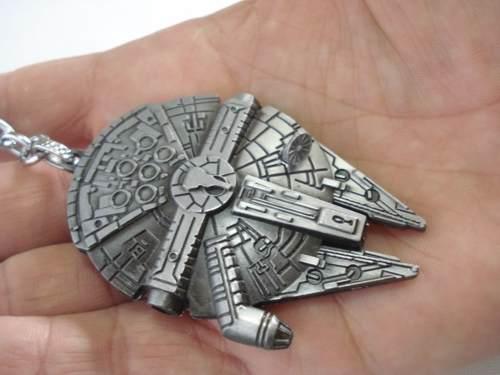 Chaveiro Star Wars Millennium Falcon Coleção Han Solo  - Presente Presente