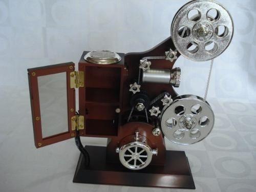 Caixa Musical Projetor Cinema E Maquina De Costura  - Presente Presente