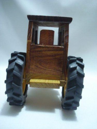 Trator De Madeira Coleção Carrinho Rural  - Presente Presente