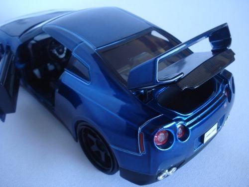 Carrinho Mini Nissan Gtr 2009 Velozes E Furiosos 7 1/24 Jada  - Presente Presente