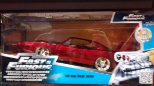 Miniatura Carrinho Charger Daytona Velozes Furiosos 6 1/2  - Presente Presente