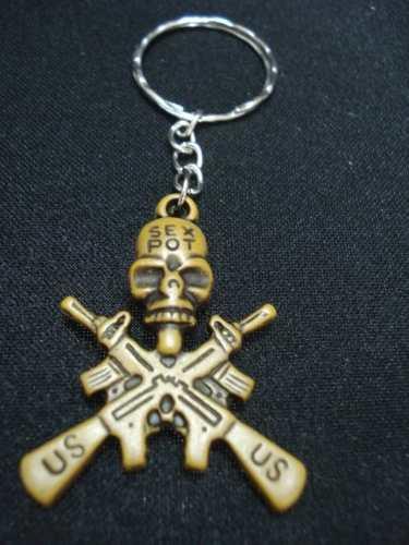 Chaveiro Militar Cranio Gun Us Sex Pot  - Presente Presente