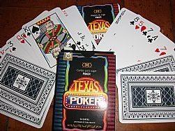 Baralho Club Mundial Texas Poker  - Presente Presente