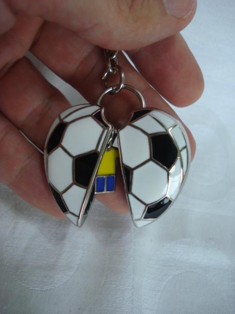Chaveiro Brasil Copa 2014 Bola 3d Frete Gratis  - Presente Presente