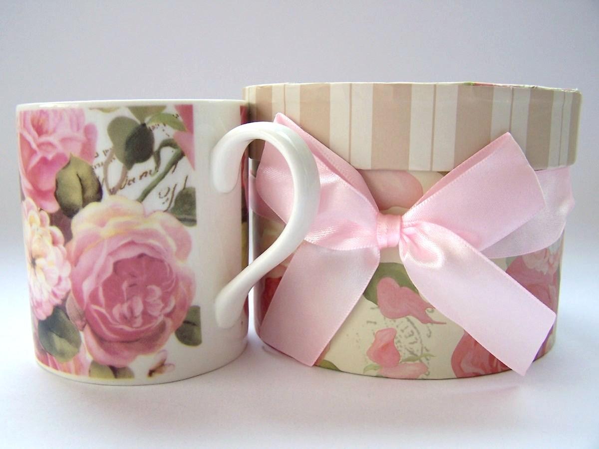 Lembrança para padrinhos de casamento - Caneca Madrinhas Floral