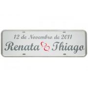 Placa de Carro Personalizada para Casamento- Noivos - Adesivada Branca