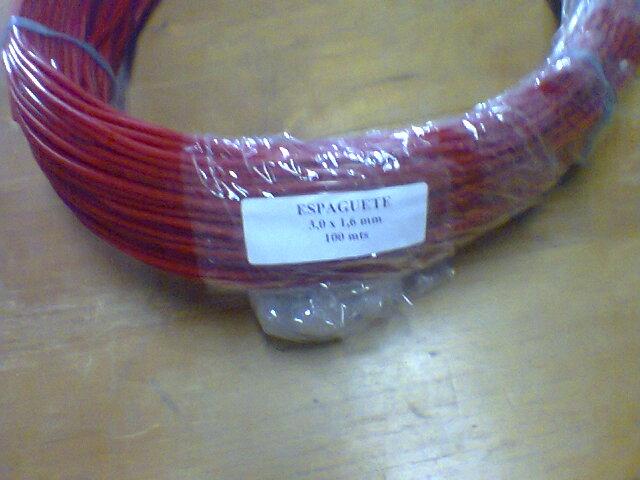 MANGUEIRA ESPAGUETINHO 3,0 X 1,6 MM (VERMELHA)