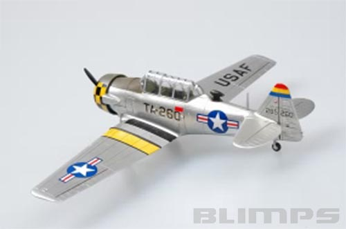 """T-6G """"Texan"""" - 1/72 - HobbyBoss 80233  - BLIMPS COMÉRCIO ELETRÔNICO"""