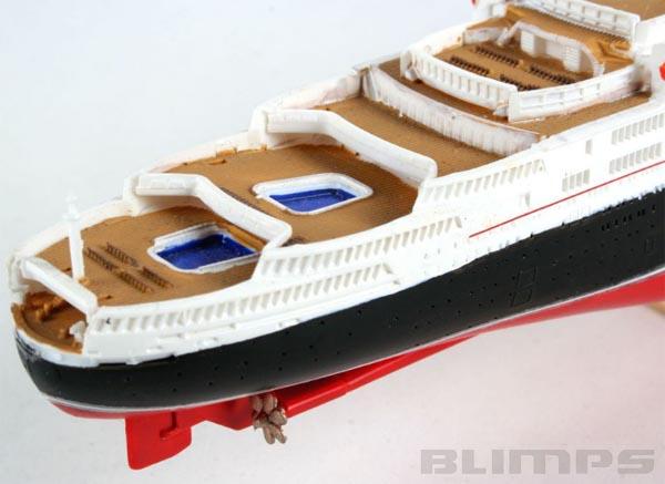 Queen Elizabeth 2 - 1/1200 - Revell 05806  - BLIMPS COMÉRCIO ELETRÔNICO