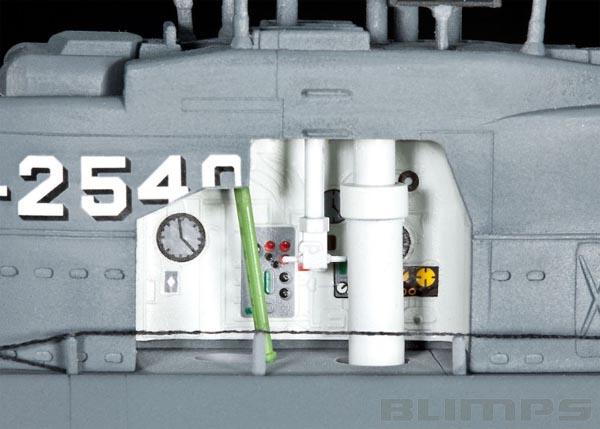 Submarino alemão U-Boot Tipo XXI com interior visível - 1/144 - Revell 05078  - BLIMPS COMÉRCIO ELETRÔNICO
