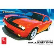 Dodge Challenger SRT8 2008 - 1/25 - AMT 1075