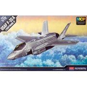 F-35A Lightning II - 1/72 - Academy 12507
