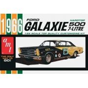 Ford Galaxie 1966 - 1/25 - AMT 904