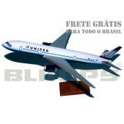 Maquete Boeing 777-200 United - 30 cm