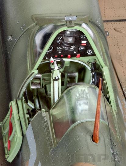 Supermarine Spitfire Mk.IIa - 1/32 - Revell 03986  - BLIMPS COMÉRCIO ELETRÔNICO