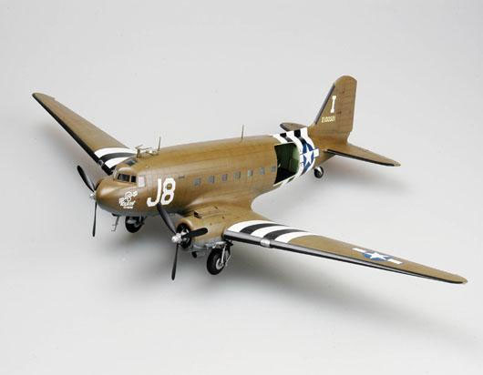 C-47A Skytrain - 1/48 - Trumpeter 02828  - BLIMPS COMÉRCIO ELETRÔNICO