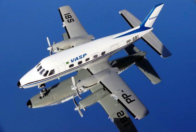 Embraer Bandeirante VASP - 1/72 - GIIC  - BLIMPS COMÉRCIO ELETRÔNICO
