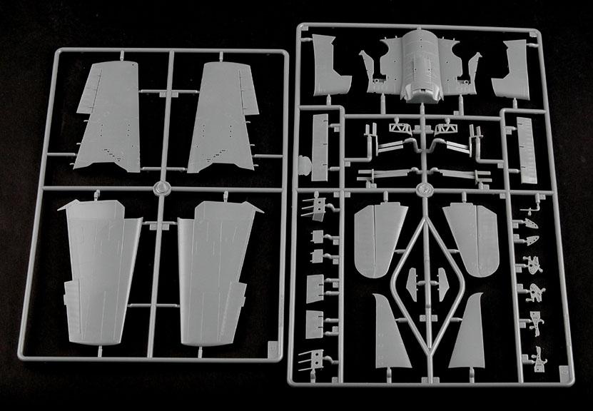 F6F-3 Hellcat Late Version - 1/48 - HobbyBoss 80359  - BLIMPS COMÉRCIO ELETRÔNICO