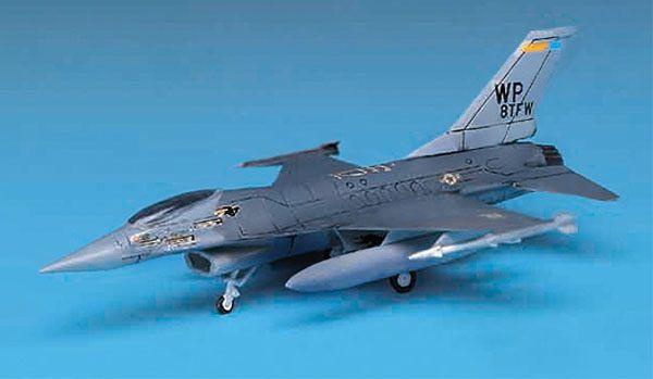 F-16 - 1/144 - Academy 12610  - BLIMPS COMÉRCIO ELETRÔNICO