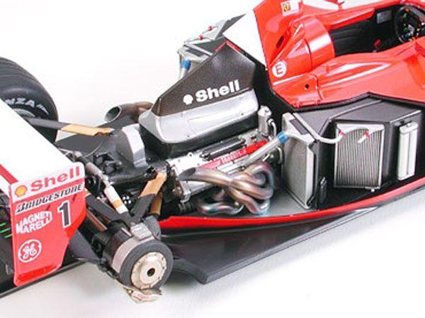 Ferrari F2001 - 1/20 - Tamiya 20052  - BLIMPS COMÉRCIO ELETRÔNICO