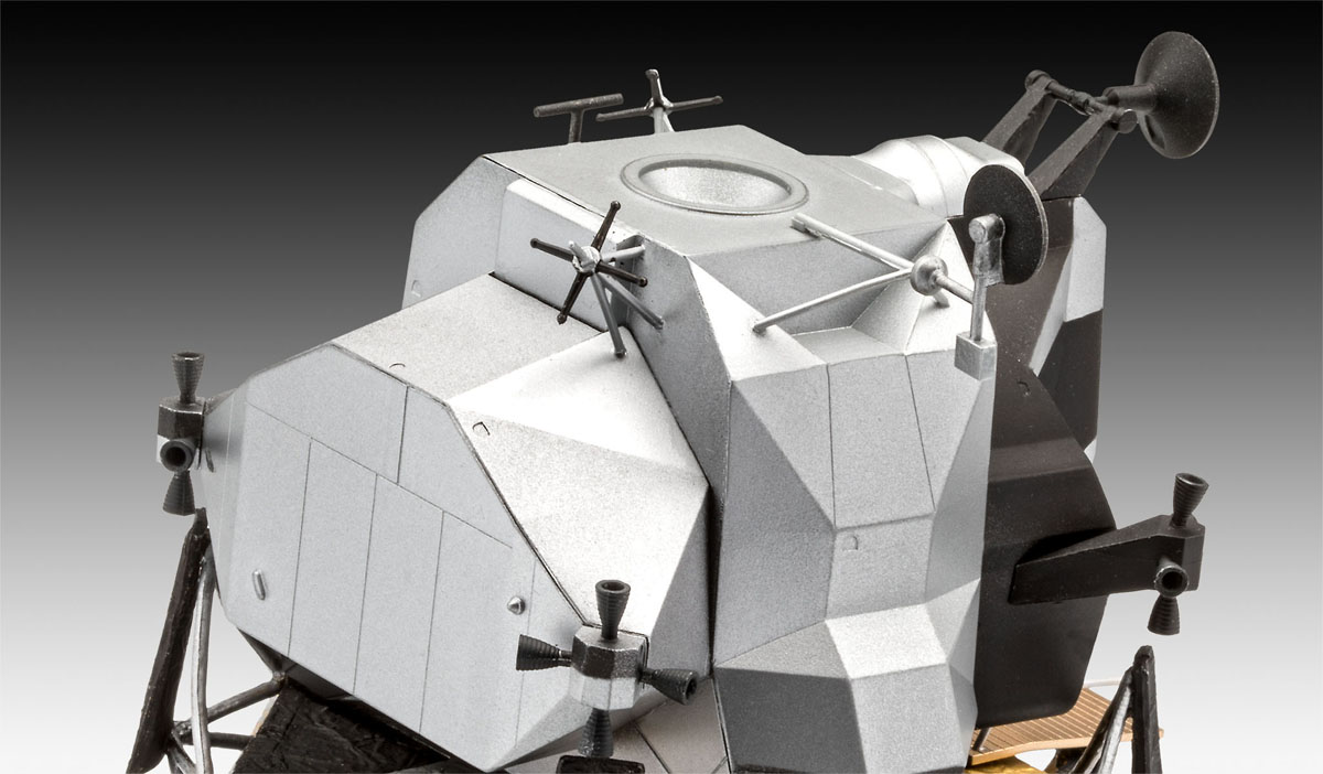 Gift Set Apollo 11 - Módulo Lunar Eagle - 1/48 - Revell 03701  - BLIMPS COMÉRCIO ELETRÔNICO