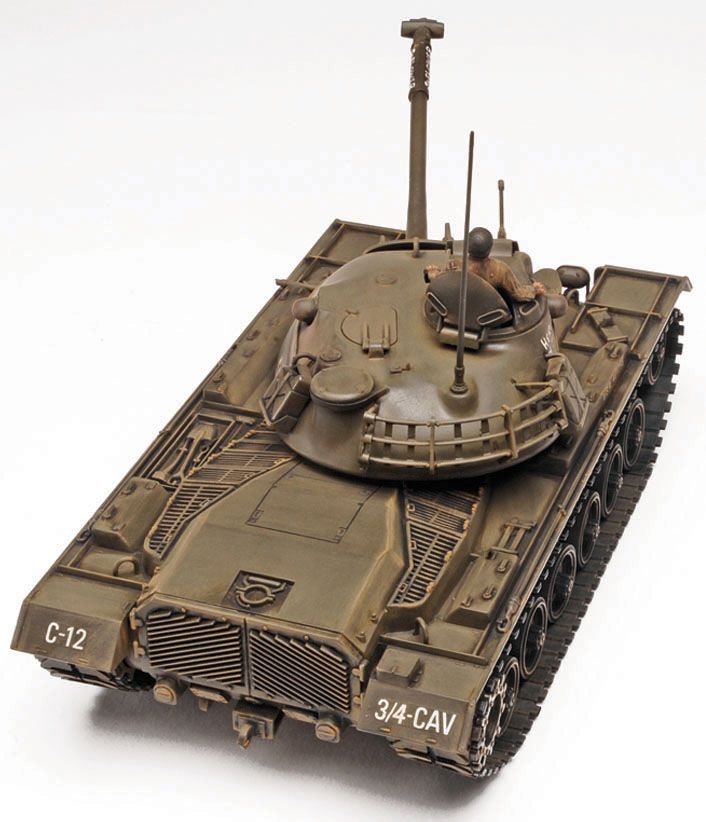 M48A2 Patton Tank - 1/35 - Monogram 85-7853  - BLIMPS COMÉRCIO ELETRÔNICO