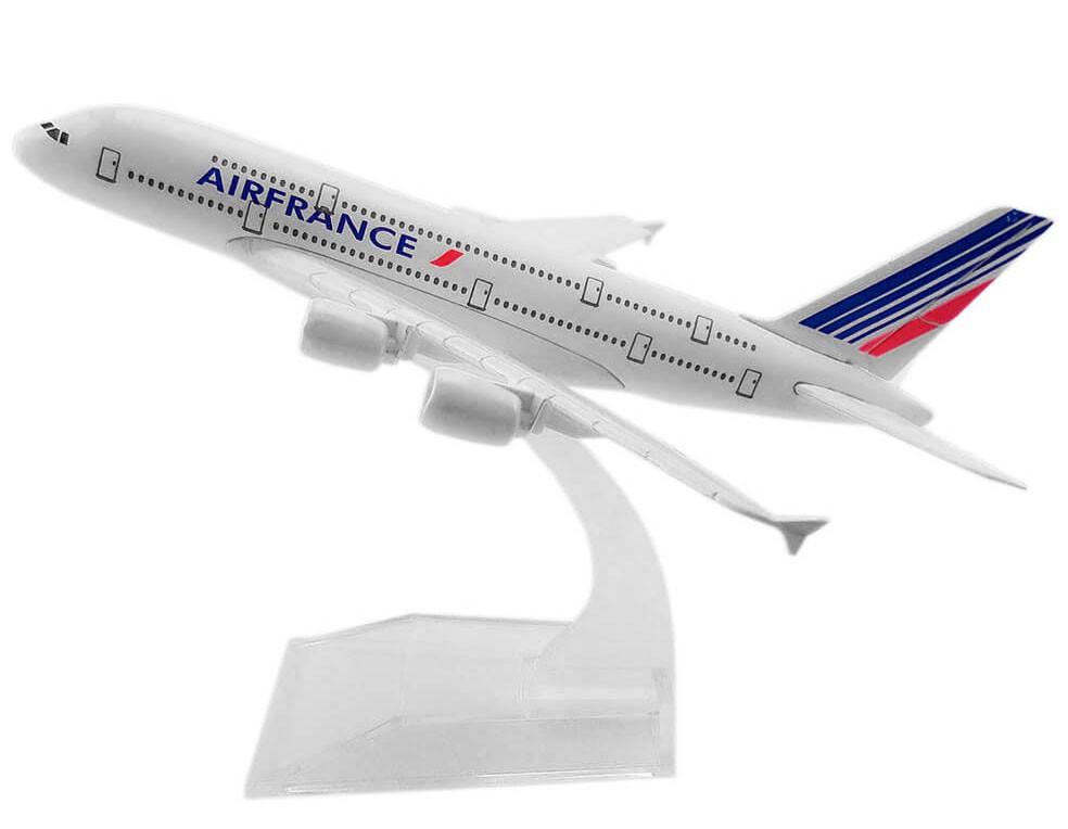 Miniatura Airbus A380-800 Air France - 16 cm  - BLIMPS COMÉRCIO ELETRÔNICO