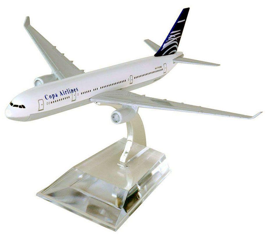 Miniatura Boeing 737-800 da Copa Airlines - 16 cm  - BLIMPS COMÉRCIO ELETRÔNICO