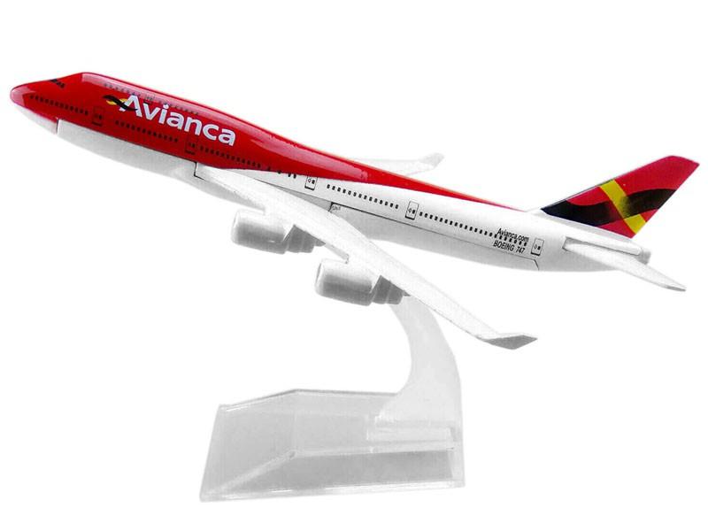 Miniatura Boeing 747-400 Avianca - 16 cm  - BLIMPS COMÉRCIO ELETRÔNICO