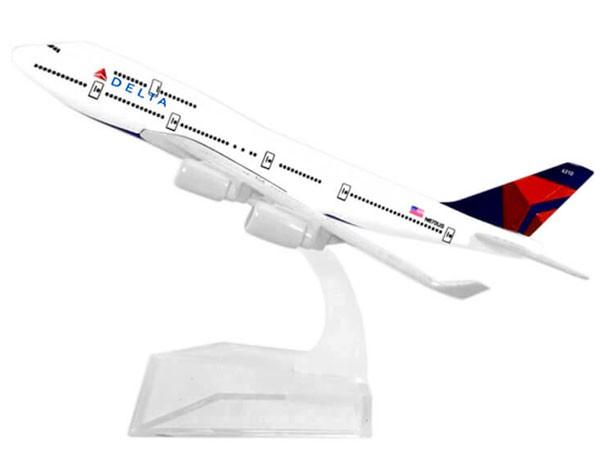 Miniatura Boeing 747-400 Delta - 16 cm  - BLIMPS COMÉRCIO ELETRÔNICO