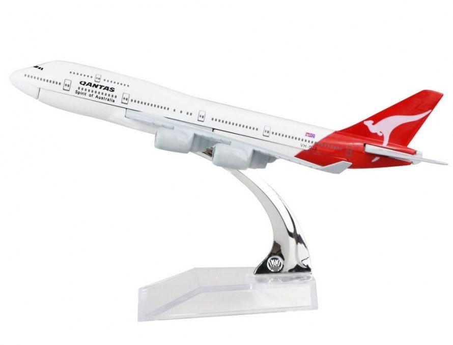 Miniatura Boeing 747-400 Qantas - 16 cm  - BLIMPS COMÉRCIO ELETRÔNICO