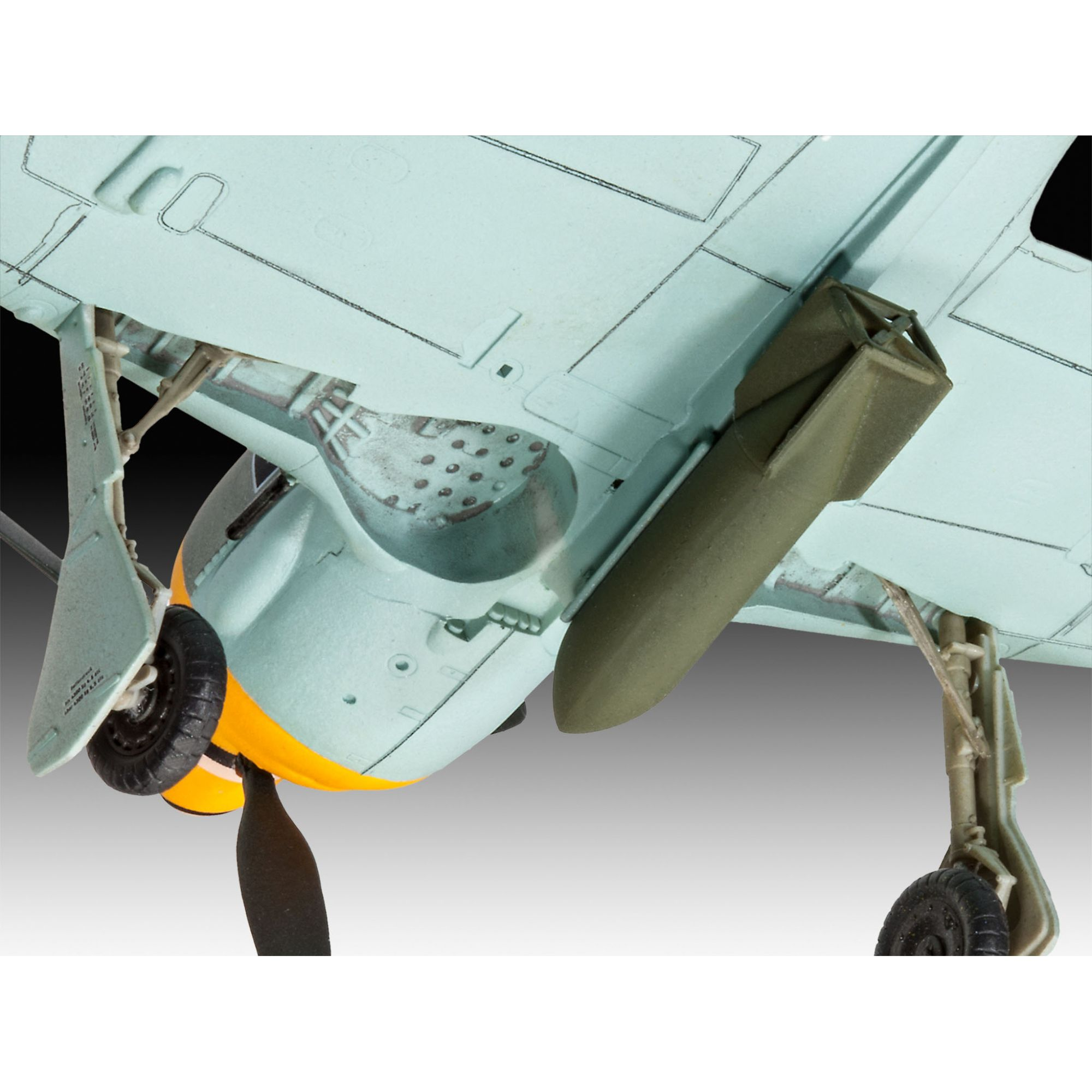 Model Set Focke Wulf Fw 190 F-8 - 1/72 - Revell 63898  - BLIMPS COMÉRCIO ELETRÔNICO
