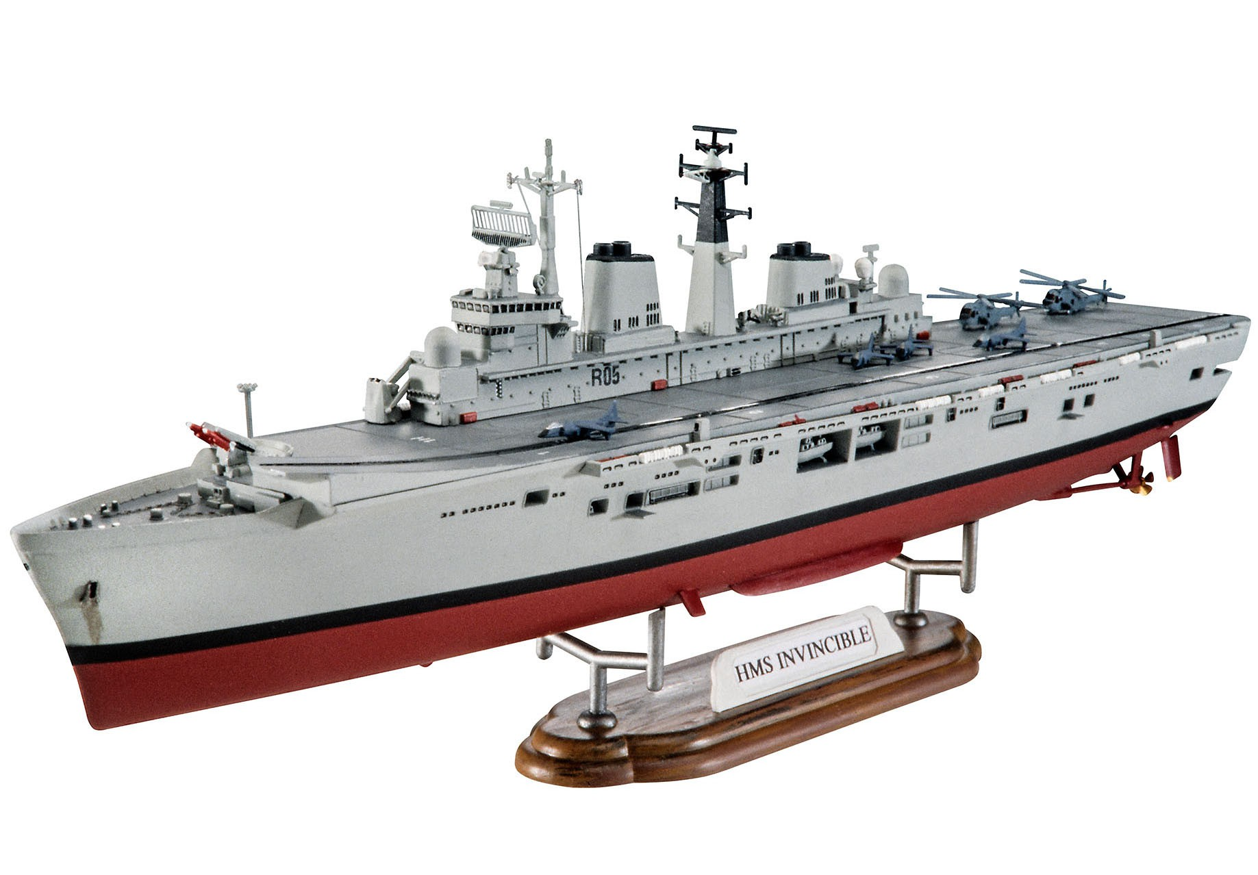 Model Set HMS Invincible (Falkland War) - 1/700 - Revell 65172  - BLIMPS COMÉRCIO ELETRÔNICO