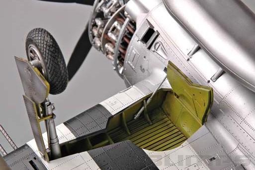 "P-47D Thunderbolt ""Dorsal Fin"" - 1/32 - Trumpeter 02264  - BLIMPS COMÉRCIO ELETRÔNICO"