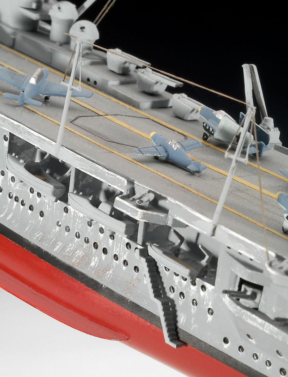 Porta-aviões alemão Graf Zeppelin - 1/720 - Revell 05164  - BLIMPS COMÉRCIO ELETRÔNICO