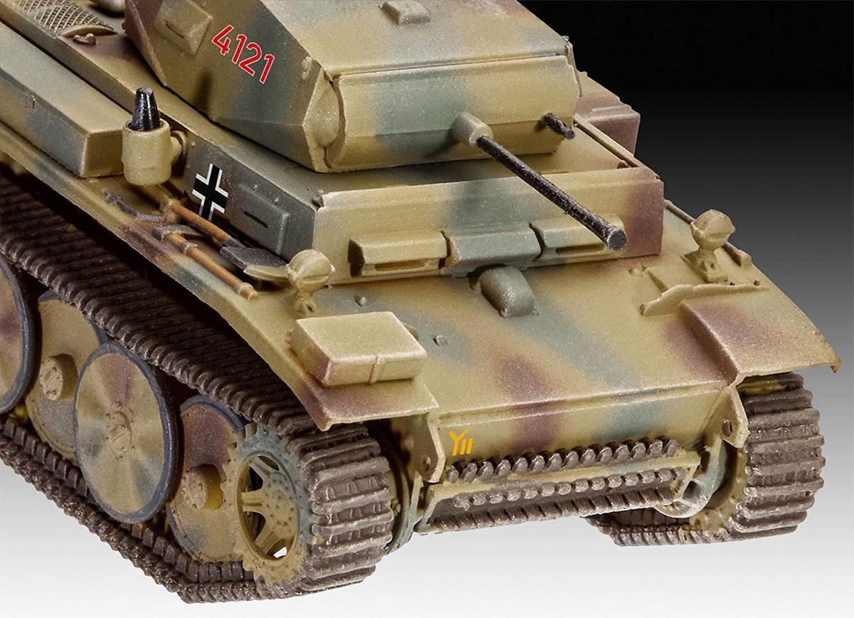PzKpfw II Ausf. L. Luchs (Sd.Kfz. 123) - 1/72 - Revell 03266  - BLIMPS COMÉRCIO ELETRÔNICO