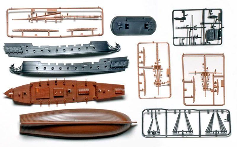 SnapTite The Black Diamond Pirate Ship - 1/350 - Revell 85-1971  - BLIMPS COMÉRCIO ELETRÔNICO