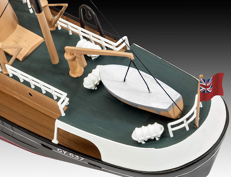 Traineira de pesca do Mar do Norte - 1/142 - Revell 05204  - BLIMPS COMÉRCIO ELETRÔNICO