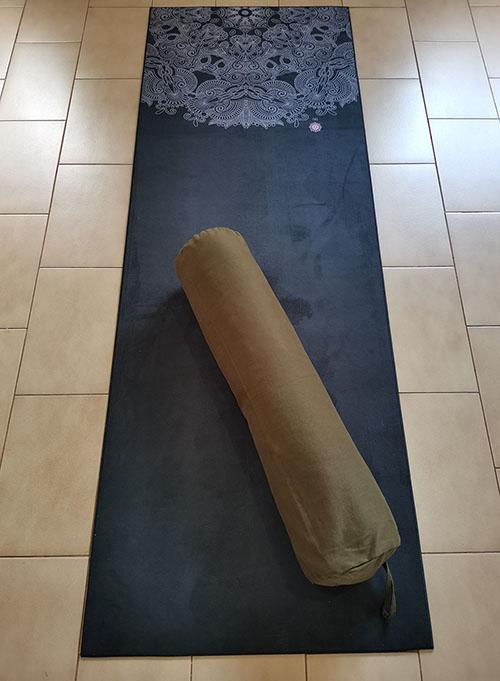 Bolster Yoga Almofada Formato Cilíndrico Em Sarja Santo Ócio Ø18x70cm