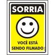 Placa De Sinalização Sorria Você Está Sendo Filmado 20 X 15cm - 0,80mm