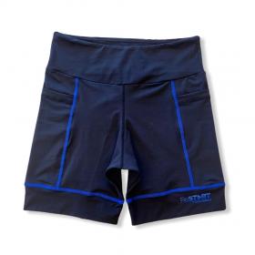 Bermuda de compressão ReStart  com bolsos laterais em bodytex preto com costuras azul royal (UNISSEX)