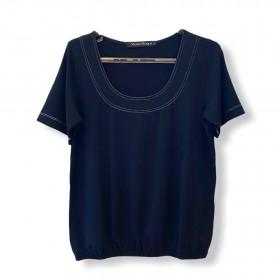 Blusa blusê pesponto decote preta
