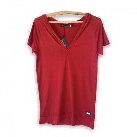 Blusa decote V com capuz  vermelha