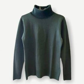 Blusa gola rolê verde tricot
