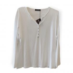 Blusa off white com mini botões no decote e manga longa