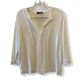 Blusa recortes off white