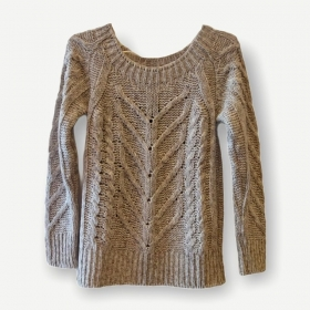 Blusa Hagnes off white tricot