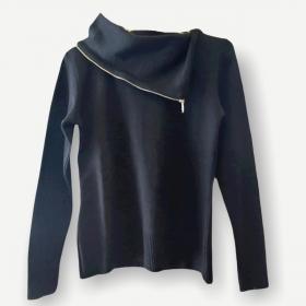 Blusa Fernanda preta tricot