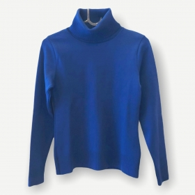 Blusa gola rolê azul royal tricot